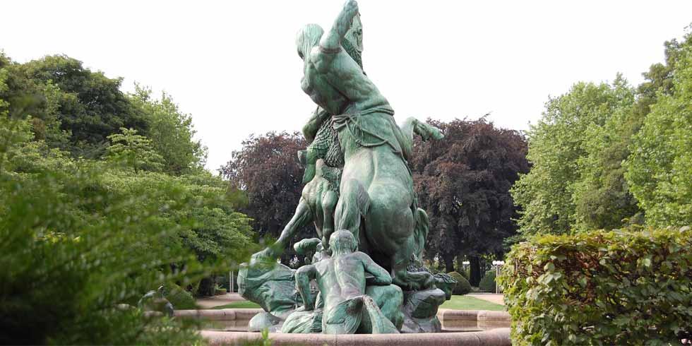 Denkmalpflge: Restaurierung des Hamburger Stuhlmannbrunnens
